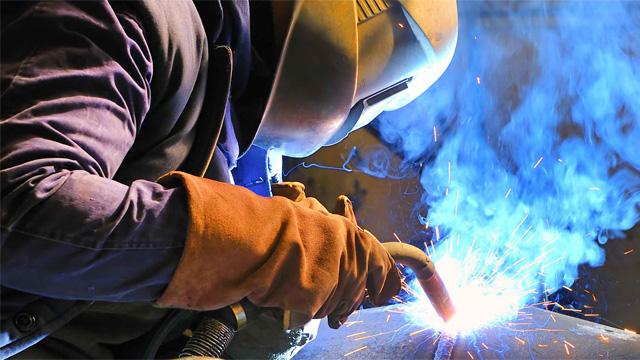 trabajador-metalurgico